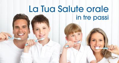 Famiglia che cura la propria salute orale dopo i consigli dello Studio Dentistico